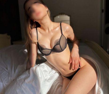 Маша — проститутка с большой грудью, от 3000 руб. в час