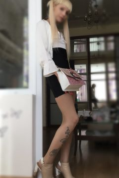 маленькая проститутка Няшка, тел. 8 918 699-62-25, работает круглосуточно