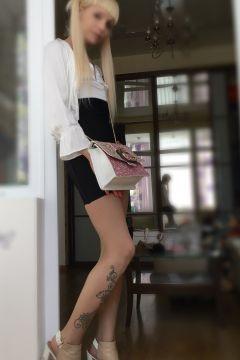 Лили Élit — полная лесби проститутка в Сочи
