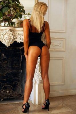толстая проститутка Юля Адлер, секс-услуги от 6000 руб. в час