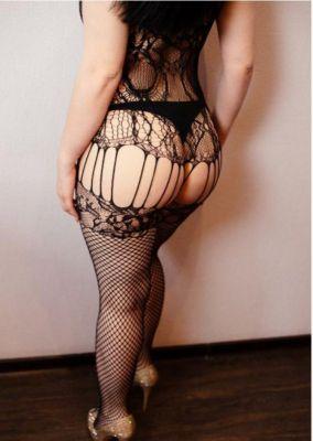 Анальная проститутка Восточная Азиза Адлер , 31 лет