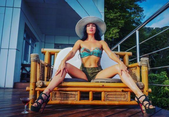 Знакомства в Сочи — Виктория , 24 лет