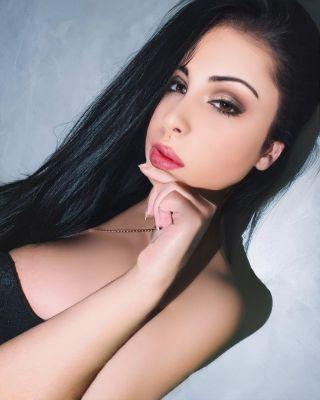 проверенная проститутка Мила Адлер, 28 лет