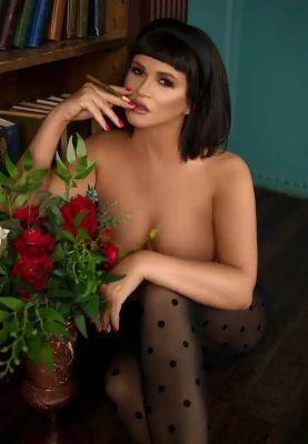 Госпожа-Х Адлер — полная лесби проститутка в Сочи