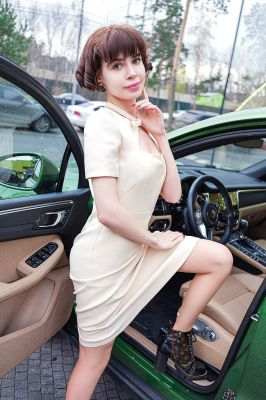 Красивая проститутка (20 лет), работает в Сочи ()