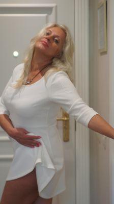 Анкета проститутки: Евгения, 43 лет, г. Сочи (Адлер)