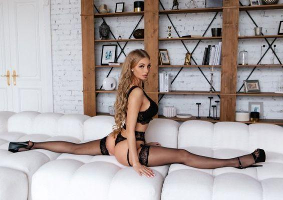 Попробуйте невероятный секс с хохлушкой (Триша, от 15000 руб. в час)