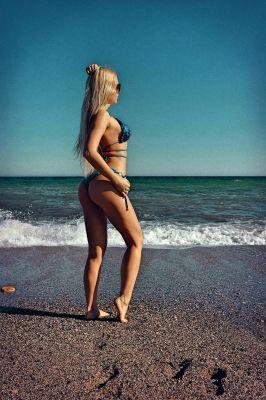 Алена — проститутка с выездом, 27 лет, рост: 167, вес: 55