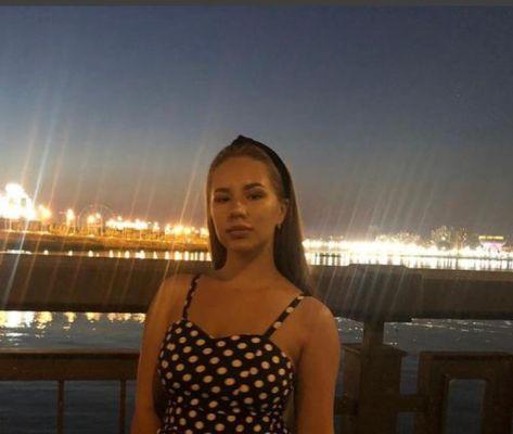Красивая инди (21 лет) – развратница в Сочи (Красная Поляна)