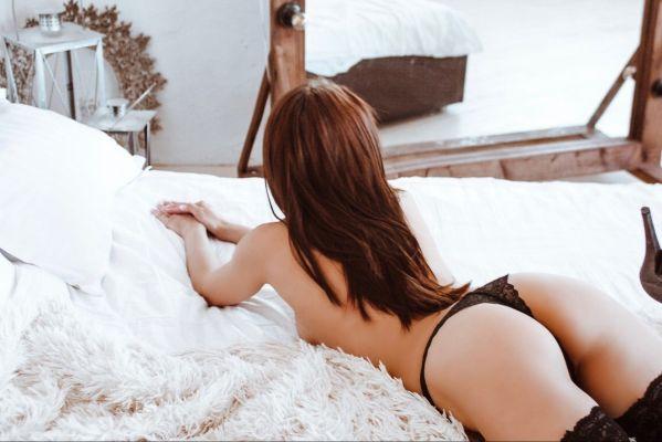 заказать шлюху на дом в Сочи (Liza_SEX, рост: 163, вес: 48)