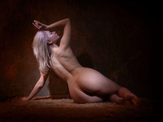 Алена, тел. 8 999 632-60-37 — проститутка с услугой анального фистинга
