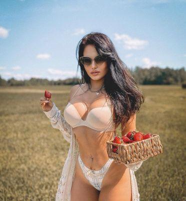 Лина — знакомства для секса в Сочи