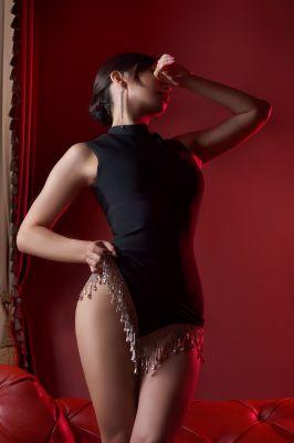 Алсу — полная лесби проститутка в Сочи