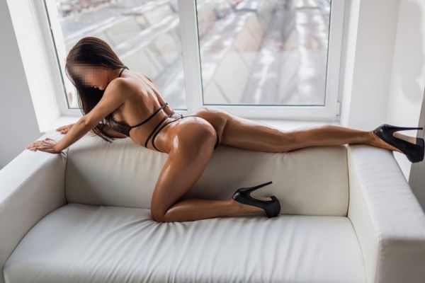 Ева, 8 964 906-38-78 — проститутка стриптизерша, 27 лет
