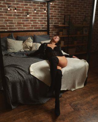 Стриптизерша проститутка Вика, от 6000 руб. в час, круглосуточно